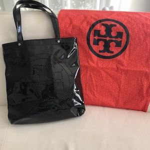 Tory Burch Black Patent Leather Tote Bag with Logo